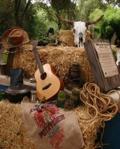 Most up-to-date Photos Western Decor party Ideas A high level cowboy (or cowgirl) as the primary goal, maybe this has been a fantasy regarding yours to live in. Cowboy Theme Party, Cowboy Birthday Party, Horse Party, Farm Party, Bbq Party, Country Birthday, Birthday Ideas, Country Western Parties, Country Western Decor