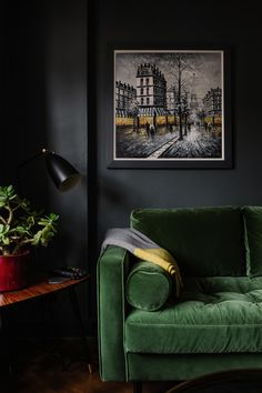 A beautiful dark and moody living room from interior designer Fiona Duke. The rich green velvet sofa works really well with the dark paint and the house plant adds a lovely light touch. Dark Living Rooms, Living Room Green, Green Rooms, Dark Green Walls, Dark Walls, Sophisticated Living Rooms, Modern Living, Black Painted Walls, Green Velvet Sofa
