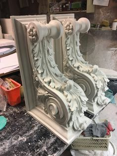 Neoclassical Architecture, Classic Architecture, Architecture Details, Wall Molding, Moulding, Indian Temple Architecture, Marble Columns, Plaster Art, Baroque Design
