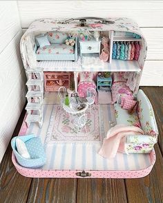 Barbie Dream, Barbie House, Doll Furniture, Dollhouse Furniture, Diy Dollhouse, Dollhouse Miniatures, Diy For Kids, Crafts For Kids, Doll House Plans