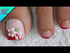 What Christmas manicure to choose for a festive mood - My Nails Toe Nail Flower Designs, Flower Toe Nails, Pedicure Designs, Nail Art Designs, Simple Toe Nails, Pretty Toe Nails, Cute Nails, My Nails, Pedicure Nail Art