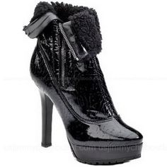 ㊣☄¬ Jimmy Choo Trixie Patent Leather Ankle Boots ,~~~~(>_<)~~~~  THIS CHRISTMAS WILL OWN IT.. ~~~~(>_<)~~~~