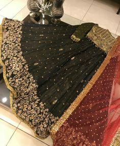 Pakistani Engagement Dresses, Pakistani Dresses Casual, Pakistani Wedding Outfits, Indian Bridal Outfits, Pakistani Dress Design, Shadi Dresses, Indian Gowns Dresses, Stylish Dresses, Fashion Dresses