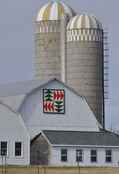 """Quilt pattern: """"Flying Geese""""  Located on the Smith's barn on Highway 42 in Sturgeon Bay  Image courtesy Door County Barn Quilts"""