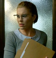 Kristen Kringle (Chelsea Spack) of Gotham. I wanted her glasses! Gotham Tv Series, Gotham Cast, Movie Kisses, Gotham Girls, Riddler, Conceptual Photography, Batman Arkham, Hey Girl, Fun To Be One
