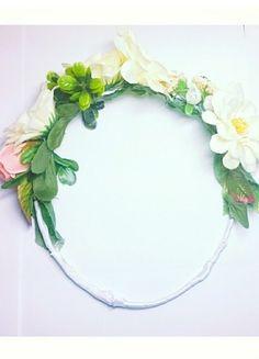 Kupuj mé předměty na #vinted http://www.vinted.cz/doplnky/vlasove-doplnky/10496732-kvetovany-venec-myu-postovne-zdarma