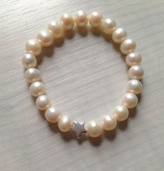 Bracelet Lia  freshwater pearls  sterlng silver star by 1petitmoon