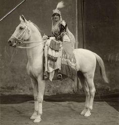 circus Hagenbeck, dame en paard 1912
