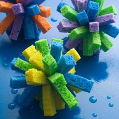 How fun and easy would these be??  Stacks of sponges make up these pretty little alternatives to water balloons.  Maybe I could get the kids to wash the car with a few of these.