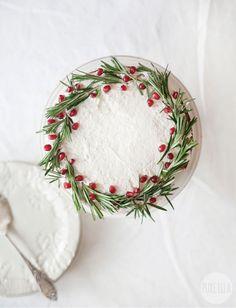 Gingerbread Christmas Wreath Cake : gluten-free, vegan, nut-free, allergy friendly