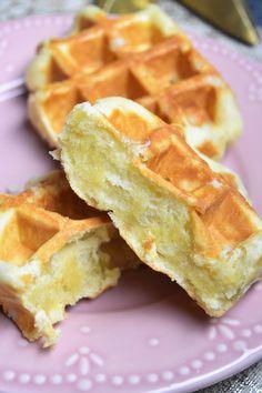 Tiramisu Oreo, Cake Au Lait, Protein Waffles, Log Cake, Savory Muffins, Book Cakes, Crepe Recipes, French Desserts, No Sugar Foods