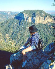 The view ❤️ Castell d'Alaro, Mallorca, Spain  #mallorca #hiking #mountains #travel #travelingourplanet #choosetravel #nature #travelbug #exploringglobe #bestcommunitytravel #in2nature #amazingplaces #traveltheworld #discoverearth  #goneoutdoors #earthpix #alldaytravel #travelingdestinations #dreaming_adventures #oneworldphotograph #travelphotography #opentheworld #traveling #swiftglobe #worldofhiking #girlsborntotravel  #venturedlife #world_inside