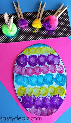 Painting with Pompoms using the clip for blind students with braille on the clip for identification of color. Toddler Art, Easter Crafts For Toddlers, Easter Crafts For Kids, Easter Art, Preschool Easter Crafts, Easter Eggs, Toddler Crafts, Classroom Crafts, Daycare Crafts