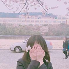 Image uploaded by 🦄. Find images and videos about girl, aesthetic and pale on We Heart It - the app to get lost in what you love. Ulzzang Couple, Ulzzang Boy, Girl Background, Uzzlang Girl, Aesthetic People, Avatar, Just Girl Things, Poses, South Korean Girls