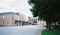 Google Image Result for http://upload.wikimedia.org/wikipedia/commons/thumb/4/40/Ligonier-pennsylvania-downtown.jpg/250px-Ligonier-pennsylvania-downtown.jpg