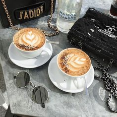 Best Diy Ideas: But First Coffee Outfit coffee time funny. Coffee Date, Iced Coffee, Coffee Drinks, Coffee Shop, Coffee Cups, Cappuccino Coffee, Coffee Creamer, Starbucks Coffee, But First Coffee