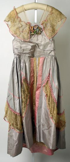 860dbae6c5788 Lucile evening dress 1915 Edwardian Fashion, Vintage Fashion, Edwardian  Style, Timeless Fashion,