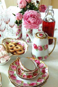 Floral tea setting