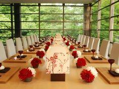 まるで森の中に浮かぶかのような会場SHINKUTEI(神空庭)は45名まで着席可