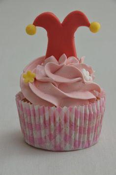 Homepage JammieTaart Cupcakes Buttercream Cake Decorating, Fondant Figures, Cupcake Cakes, Birthday, Holland, Dutch, Desserts, Muffins, Foods