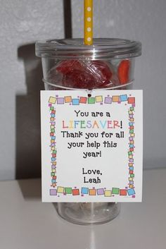 Gift Idea to Give as a staff appreciation gift! School Gifts, Student Gifts, Teacher Gifts, Teacher Helper, Teacher Assistant Gifts, School Stuff, Student Teacher, Cadeau Parents, Volunteer Gifts