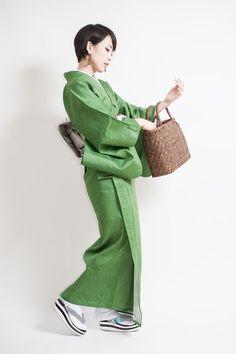 Japan Woman, Kimono Fabric, Japanese Outfits, Yukata, Japanese Kimono, Japanese Culture, Dress Up, Denim, Portrait