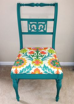 Plaid Home Decor Chalk Paint ~Color is Grotto and fabric is Waverly Santa Maria Sun N Shade Mimosa. Chalk Paint Projects, Chalk Paint Furniture, Furniture Projects, Furniture Refinishing, Paint Ideas, Dyi Chairs, Walmart Crafts, Waverly Chalk Paint, Chalk Paint Colors