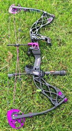 Bowtech Carbon Rose women's bow. I want one of these really bad