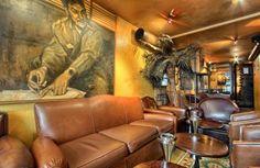 Réserver ou privatiser gratuitement Le Cubana Café à Paris et bénéficier de nos tarifs négociés : sur le litre de cocktail #LesBarrés #Le #Cubana #Café #paris #réserver #privatiser #latino #tarif #cocktail #canapé #confortable #tableau #convivial