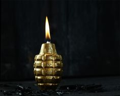 Hand grenade oil lamp