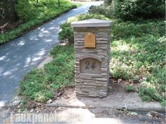 Outdoor columns available in distinct manufactured stone and artificial rock designs. They're certain to spruce up any exterior design plans. Diy Driveway, Driveway Entrance, Driveway Ideas, Stone Columns, Brick And Stone, Stone Mailbox, Copper Mailbox, Mailbox Makeover, Faux Panels