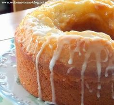 Welcome Home: Old Fashioned Vanilla Peach Cake