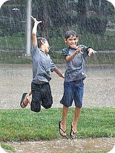 Capture My Chicago Photo Contest - Summer Rain by Elizabeth Poblano