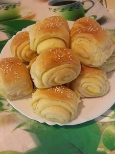Vajdasági sós, finom puha és elképesztően könnyű recept! Nem lehet betelni vele! - Egyszerű Gyors Receptek Hungarian Recipes, Best Dishes, Muffin, Food And Drink, Appetizers, Sweets, Bread, Baking, Cake