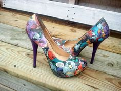 Joker and Harley Quinn Comic Book Shoes Comic by MacklinsMurals