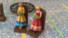 12th Scale dolls house book ends flower by MyMiniatureWorldShop