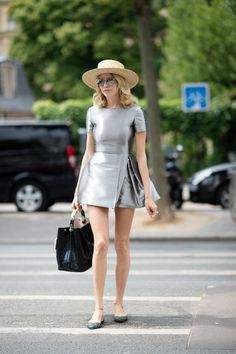 Street Style: Paris Couture: Elena Perminova. Silver dress. Black bag. Flats. Hat. Summer in the city looks. Summer outfits. Paris street style.