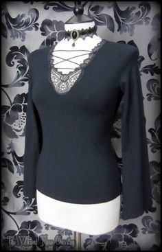Romantic Goth Black Lace Up Bell Sleeve Top 10 12 Vintage Witchy Boho Alt | THE WILTED ROSE GARDEN