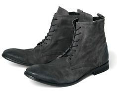 c4c20c02936 Swathmore Suede Charcoal (£135.00) - These calf leather casual men s boots  are one. Stivali Da UomoUomo ...