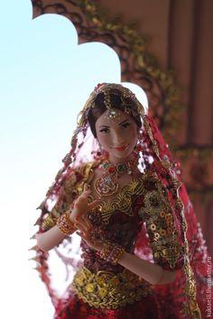 Купить Девушка в индийском наряде - кукла в индийском наряде, индия, индианка, восточный наряд, дупатта Barbie Dress, Barbie Clothes, Barbie India, Shiva Parvati Images, Cute Sketches, Barbie Diorama, Indian Dolls, Russian Beauty, Barbie World