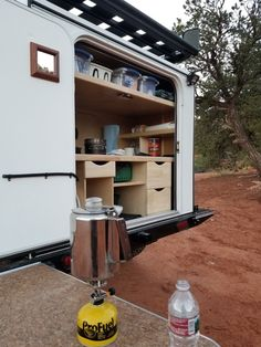 Custom hiker trailers built for high quality, lightweight, and affordable trailers to help people experience the outdoors in a comfortable and economical way. Mini Travel Trailers, Small Camper Trailers, Tiny Camper, Small Campers, Cargo Trailers, Hiker Trailer, Off Road Trailer, Trailer Build, Runaway Camper