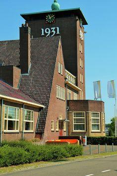Veemarkt, nu het beursgebouw in 's-Hertogenbosch.