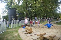 Plac zabaw w SOHO - wielka kopara i prawdziwa pompa wodna, czyli zabawa, jakiej nie doświadczycie nigdzie indziej!