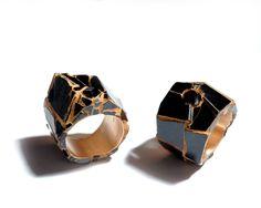 Kimiaki Kageyama - 300years old Urushi fragments spessartine(Natural garnet crystal) from Wada Pass collecting by myself 2006 Gold pigments Cinnabar pigments 18KYG 1999~2014