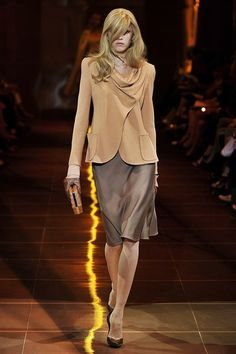 See the complete Armani Privé Fall 2010 Couture collection.