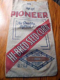 Pioneer Hi-Bred Yellow Ear  15/28.5