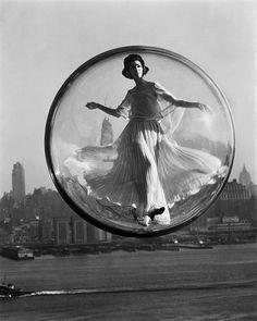 """Bubble Series"" by Melvin Sokolsky (1963, for Harper's Bazaar)"