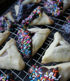 Chocolate and Sprinkles Dipped Hamantaschen Recipe for Purim. Yum! Let's get cooking to celebrate Purim! #jewish #dessert #recipe