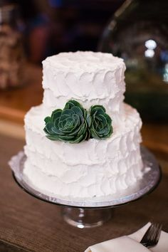 Inspiration from an Emerald Wedding Theme
