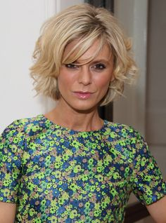Pin for Later: Fringespiration! 50 Celebrity Fringe Hairstyles to Inspire Your New Cut Emilia Fox Fringes aren't just for long hair, but if you're going short like Emilia, keep the fringe long and piecey for a more youthful, modern finish. Emilia Fox, Great Haircuts, Cute Short Haircuts, Trendy Haircuts, Messy Bob Hairstyles, Hairstyles Over 50, Older Women Hairstyles, Fringe Hairstyles, Hairdos